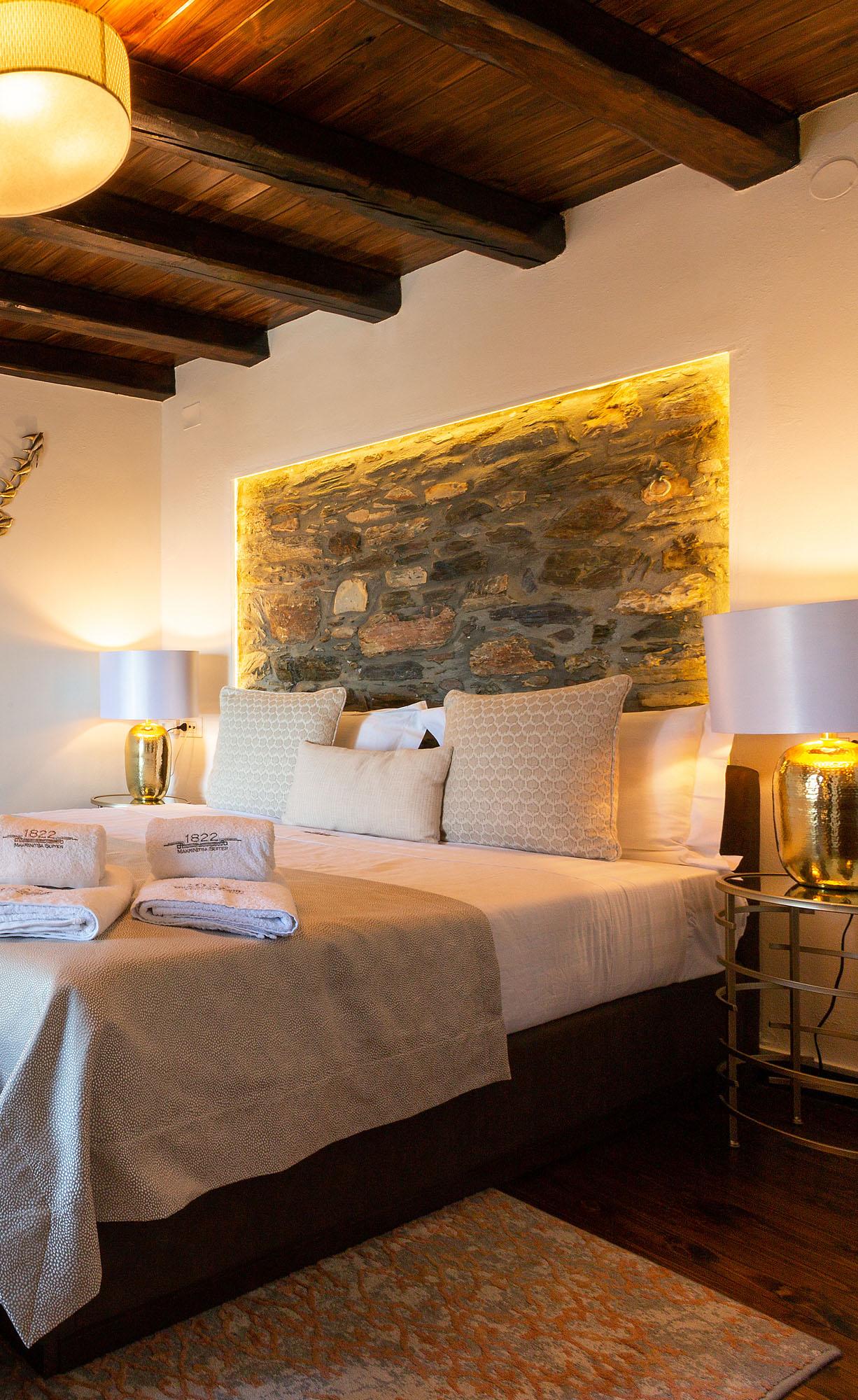 03 argo suites cover